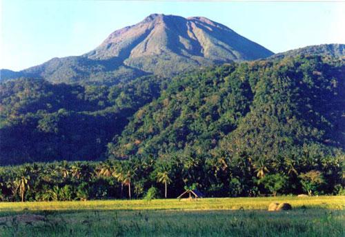 Mt_Bulusan_1